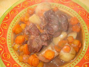 Un boeuf-carottes tout prêt à déguster