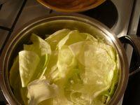 feuilles de choux blanchies