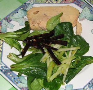 Foie gras betterave et chou-rave marinés