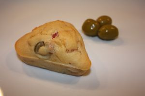 Mini cake aux olives et jambon