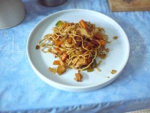 http://www.gourmandines.fr/imagesrecettes/nouilles_chinoises_sautees_1.jpg