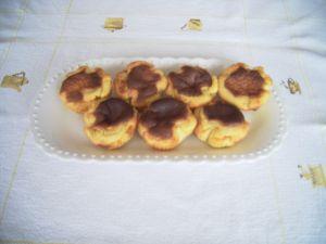 Petits gateaux au chocolat noir et amandes