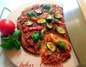 Pizza sur croûte de chou-fleur