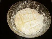 préparation de la pâte à beignet avec levure