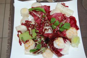 Salade de St Jacques frottées au piment d'espelette