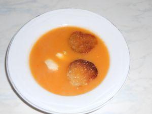 soupe de poisson et ses croûtons frottés d'ail